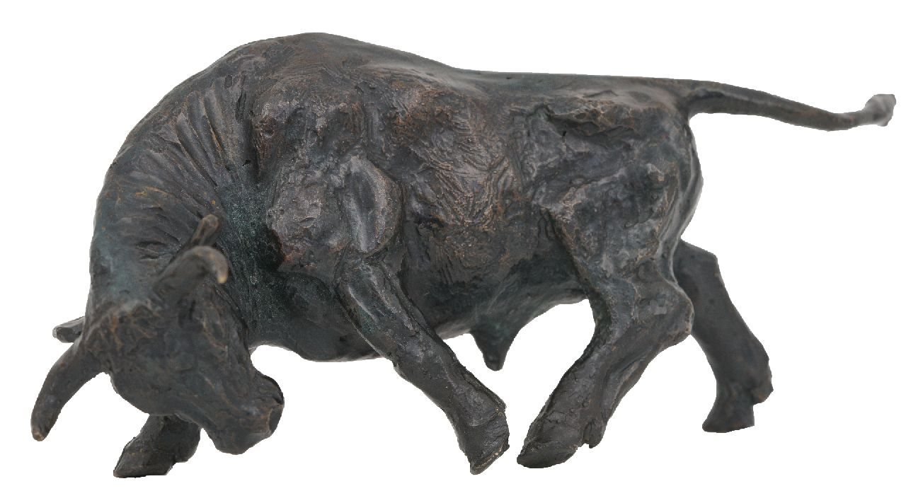 Franz Josef Lipensky | Bull, patinated bronze, 7.5 x 17.0 cm, signed with monogram on belly
