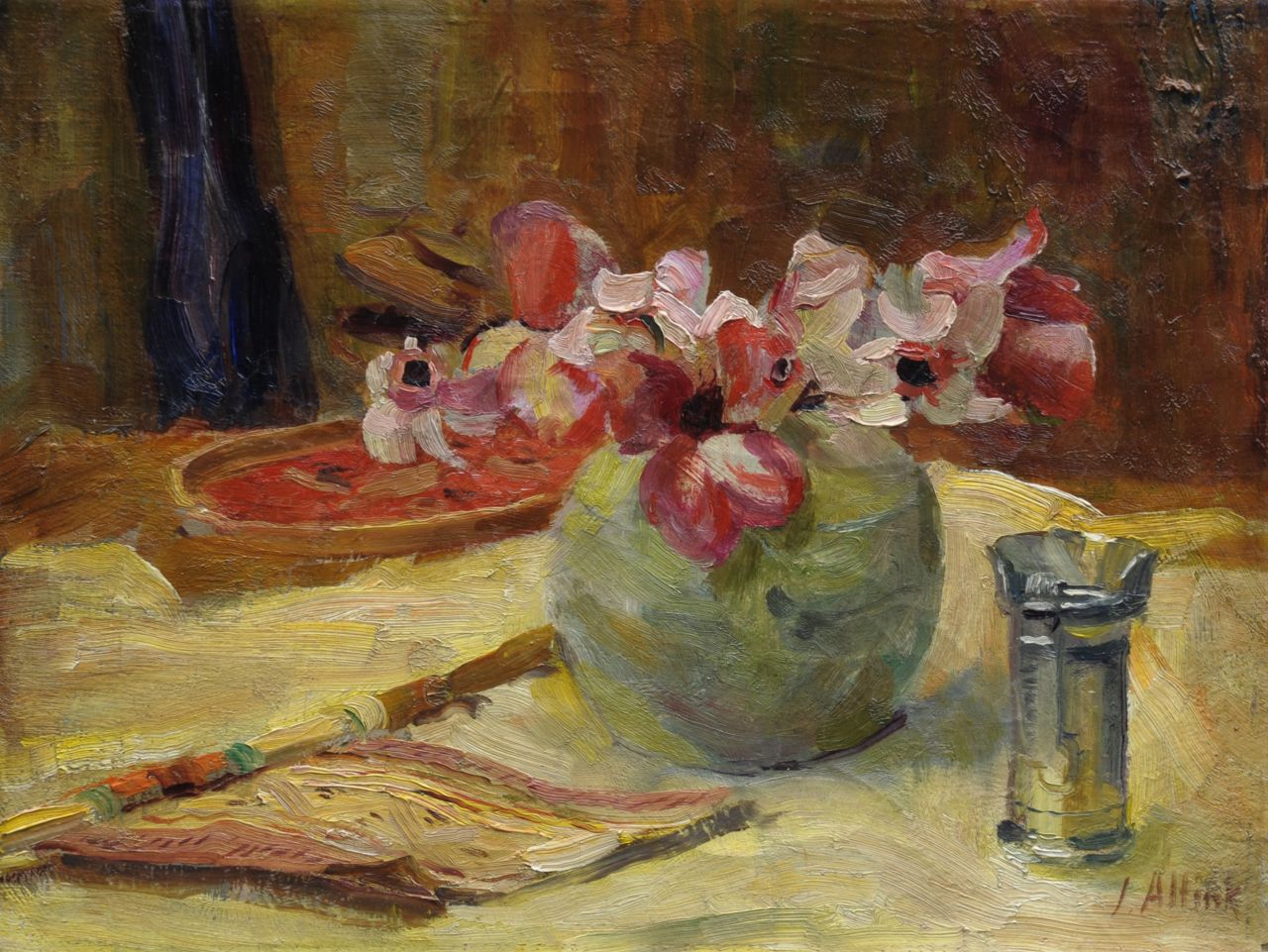 Altink J.  | Jan Altink, A still life with a fan and flowers, oil on canvas 30.2 x 40.1 cm, signed l.r.