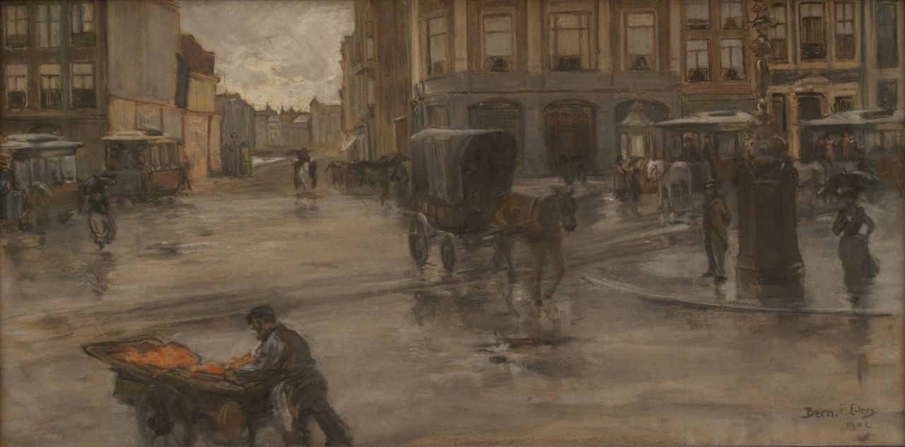 Bernard Eilers | A rainy day on the Dam in Amsterdam, pastel on paper, 29.0 x 56.9 cm, signed l.r. and dated 1902