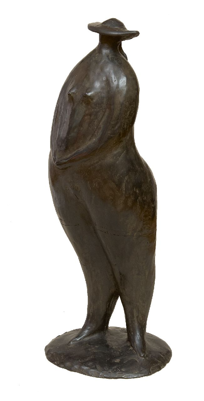 Hemert E. van | Evert van Hemert, Lady with hat, patinated bronze 69.0 x 26.0 cm, signed on the base with monogram and executed 2005