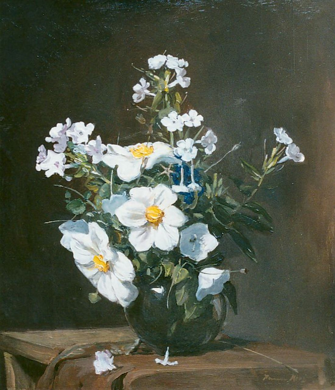 Margaretha Agatha Mees | A flower still life with daisies and poppies, oil on canvas, 44.2 x 38.7 cm, signed l.r.