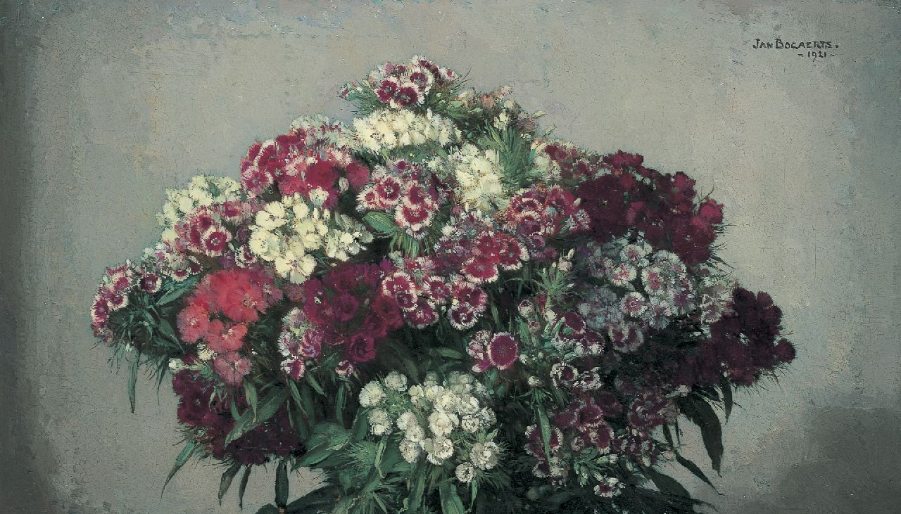 Bogaerts J.J.M.  | Johannes Jacobus Maria 'Jan' Bogaerts, A bouquet of sweet William, oil on canvas 32.5 x 55.4 cm, signed u.r. and dated 1921