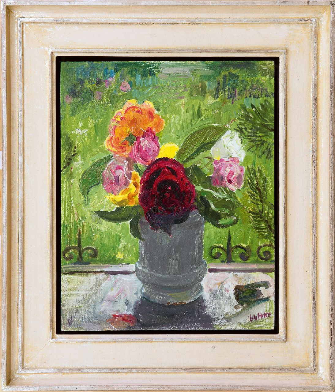 Kamerlingh Onnes H.H.  | 'Harm' Henrick Kamerlingh Onnes, Roses on a window sill, oil on panel 30.5 x 24.6 cm, signed l.r. with monogram and dated '64
