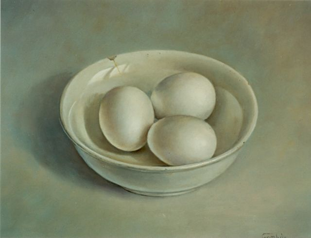 Andras Gombar | Eggs in a white dish, oil on panel, 25.0 x 30.0 cm, signed l.r.