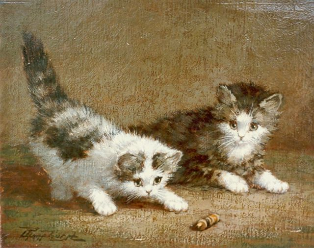 Cornelis Raaphorst | Kittens at play, oil on canvas, 18.0 x 23.9 cm, signed l.l.