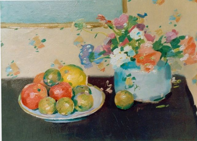 Frits Verdonk | Still life with flowers and a fruit bowl, oil on board, 43.0 x 47.0 cm, signed l.r.