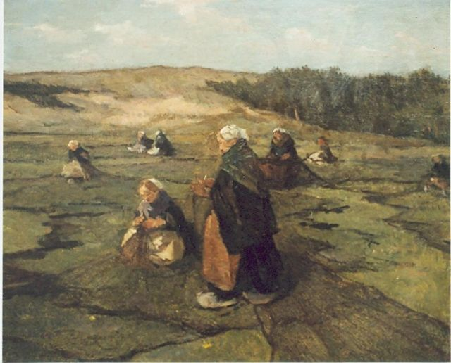 Johannes Evert Hendrik Akkeringa | A dune landscape with women mending the nets, oil on panel, 47.0 x 58.0 cm