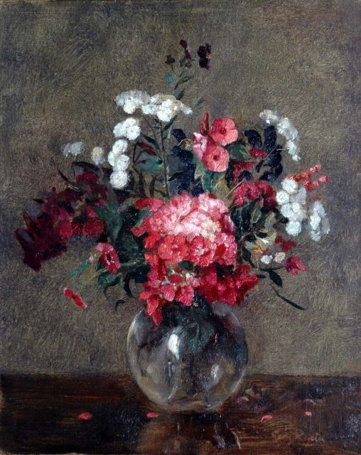 Georg Rueter | A flower still life, oil on canvas, 39.7 x 31.9 cm, signed l.r.