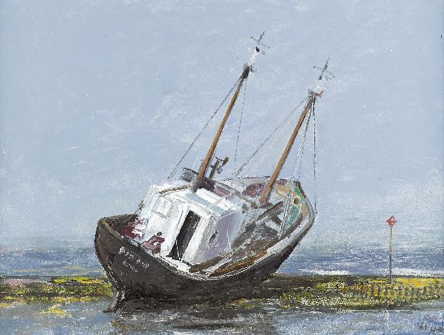 Harm Kamerlingh Onnes | A jammed fishingboat, oil on board, 30.7 x 40.7 cm, signed l.r. with monogram and dated '61