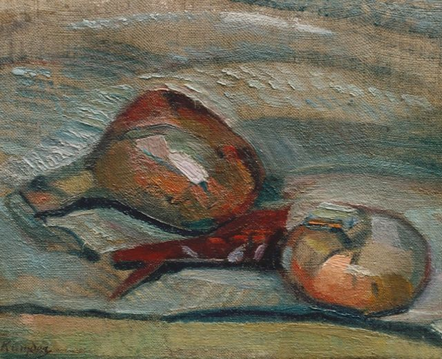 Herman Kruyder | Still life with onions, oil on canvas laid down on panel, 21.0 x 26.0 cm, signed l.l.