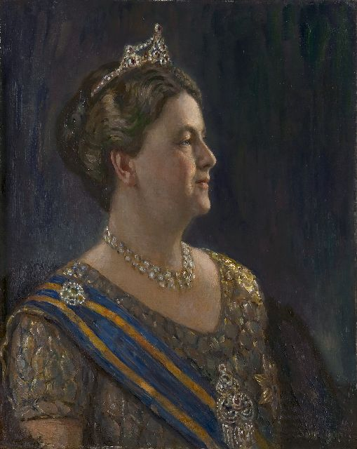 Simon de Heer | Queen Wilhelmina, oil on canvas, 68.3 x 54.5 cm, signed l.r. with initials SdH and dated 1941