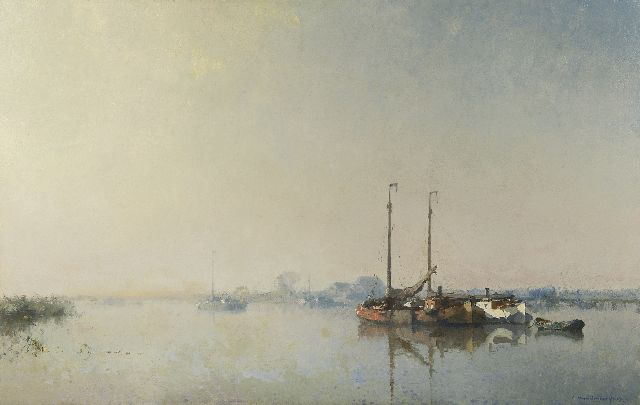 Cornelis Vreedenburgh | Moored vessels on a river, oil on canvas, 81.8 x 129.3 cm, signed l.r. and dated 1915