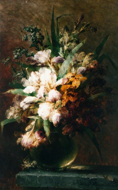 Margaretha Roosenboom | A flower still life, oil on canvas, 91.9 x 59.0 cm, signed l.r. and dated '92