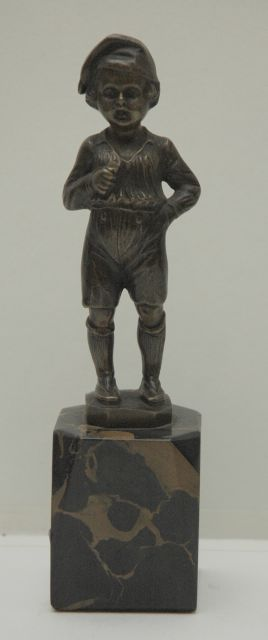 Duitse School | Boy wearing a nightcap, bronze, 16.1 x 4.2 cm