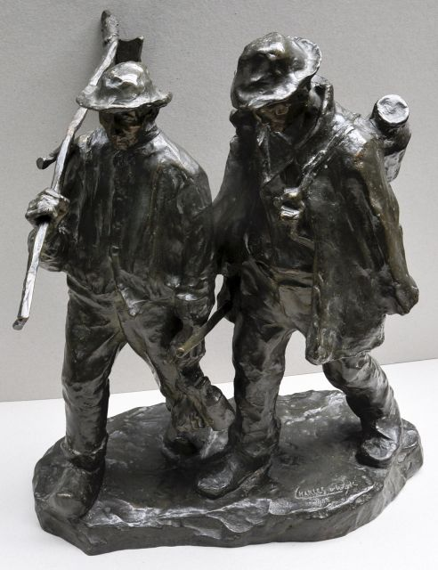 Charles van Wijk | Homewards, bronze, 56.0 x 50.0 cm, signed on the base and dated on the base 1900
