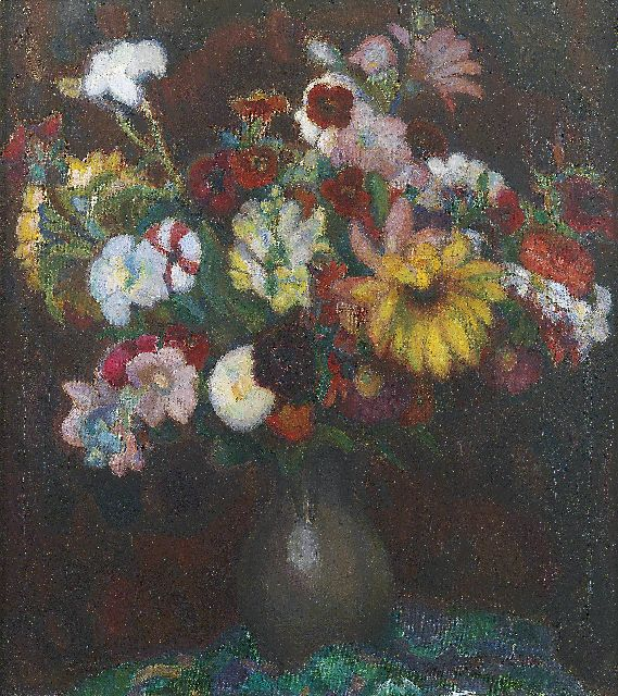 Leo Gestel | Flowers in a tin jug, oil on canvas, 70.5 x 63.0 cm, signed l.l. and painted in 1915-1917