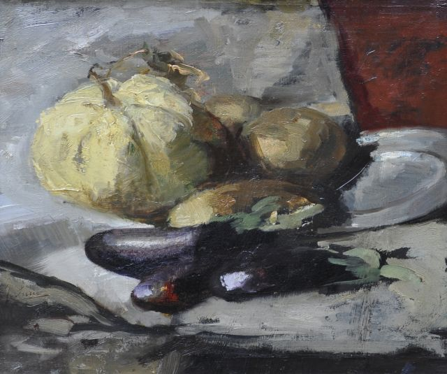 Surie J.  | A still life with egg-plants, oil on canvas 37.8 x 42.5 cm, signed on the reverse