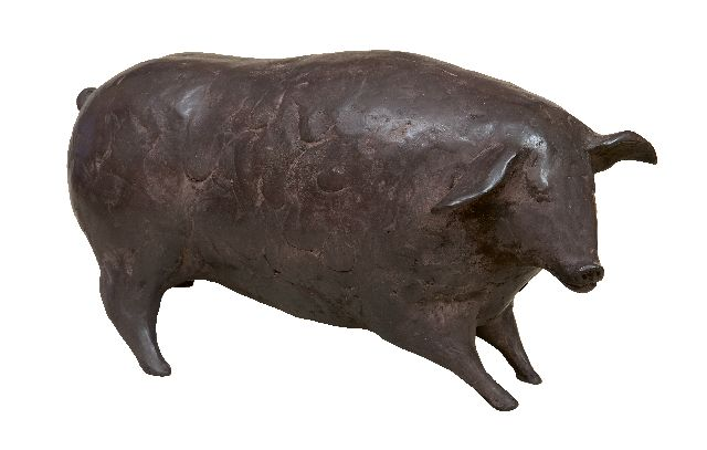 Evert van Hemert | Edwina, patinated bronze, 14.0 x 30.0 cm, signed with monogram on the belly and executed in 2012