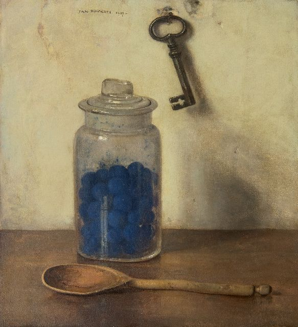 Jan Bogaerts | A glass jar with blue starch, oil on canvas, 36.0 x 32.9 cm, signed u.c. and dated 1937