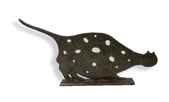 Evert van Hemert | The cat with holes, bronze, 55.0 x 116.0 cm, signed on the base and executed in 2017