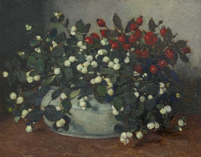 Johannes Evert Hendrik Akkeringa | Snowberries and rosehips in a cream vase, oil on panel, 34.0 x 42.1 cm, signed l.l.