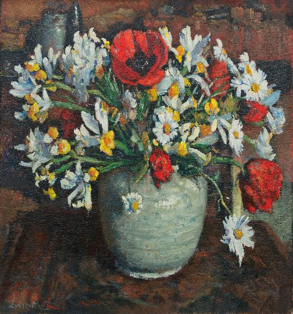 Evert Moll | Poppies and daisies in a white vase, oil on canvas, 76.0 x 70.2 cm, signed l.l.