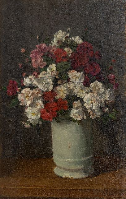 Johannes Evert Hendrik Akkeringa | Sprey roses in a white vase, oil on canvas, 45.8 x 29.2 cm, signed l.r.
