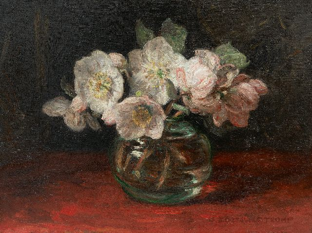 Jan Zoetelief Tromp | Hellebores in a glass vase, oil on canvas, 30.4 x 40.2 cm, signed l.r.