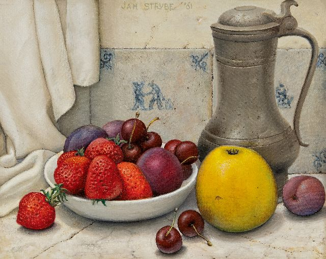 Jan Strube | Still life with tin pitcher and fruit, oil on canvas, 24.2 x 30.4 cm, signed u.c. and dated '61