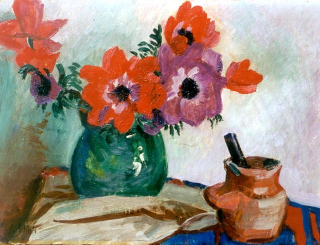 Jan Altink | A still life with anemones, oil on canvas, 30.3 x 40.0 cm, signed l.l.
