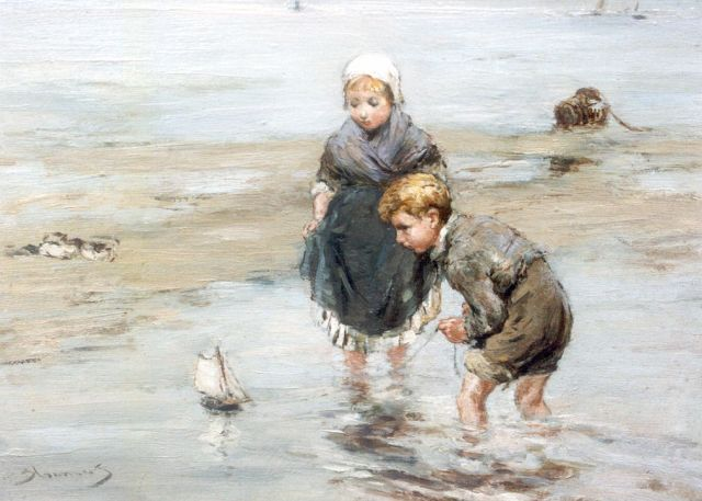 Bernard Blommers | Children playing on the beach, oil on panel, 19.5 x 26.9 cm, signed l.l.