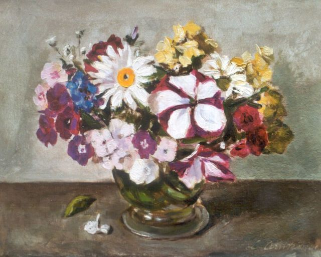 Liekie Arntzenius | A colorful bouquet, oil on canvas, 23.8 x 30.2 cm, signed l.r.