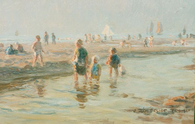 Jan Zoetelief Tromp | Children paddling, Katwijk, oil on panel, 20.0 x 31.0 cm, signed l.r.