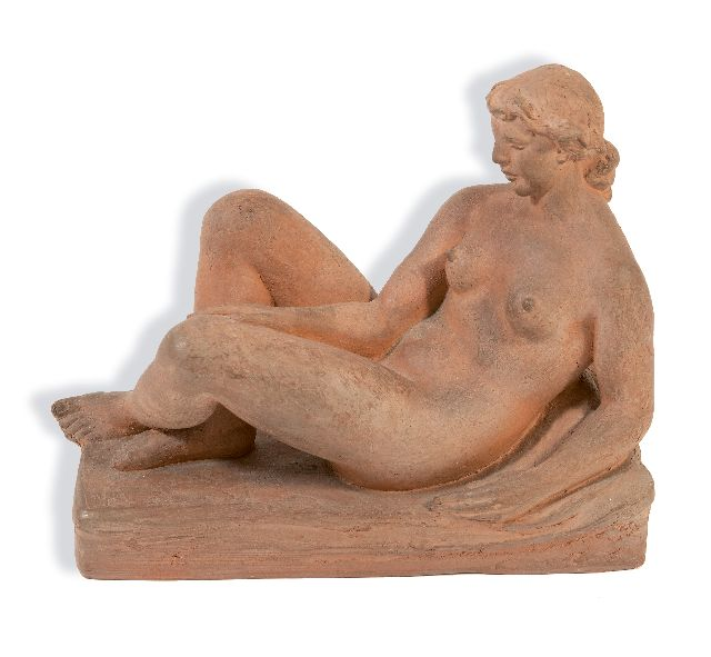 Onbekend, 20e eeuw   | Female nude lying down, terra cotta 19.0 x 23.3 cm, signed with initials D - S on base and made '49