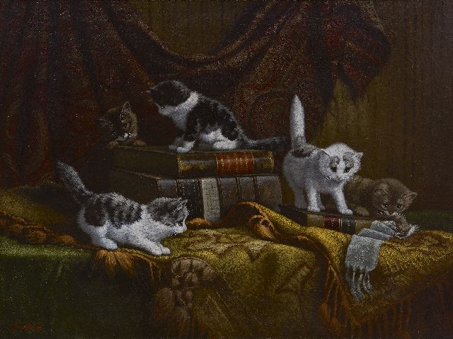 Cornelis Raaphorst | Kittens playing around valuable books, oil on canvas, 60.2 x 80.0 cm, signed l.l.