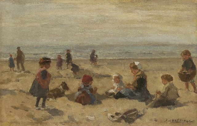 Johannes Evert Hendrik Akkeringa | Children playing on the beach, oil on panel, 17.2 x 27.1 cm, signed l.r.